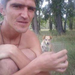 Парень ищет девушку для вирт секса и для реальных встреч в Владимире
